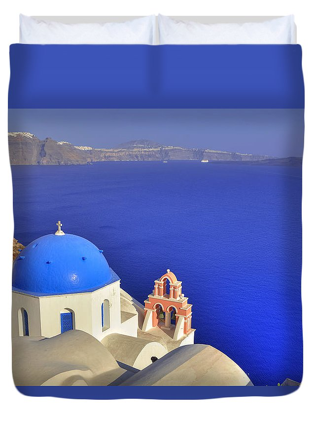 Oia Duvet Cover featuring the photograph Oia - Santorini by Joana Kruse