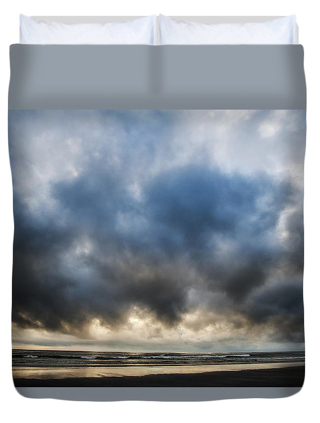 Clouds Duvet Cover featuring the photograph Untitled by Michelle Ellis