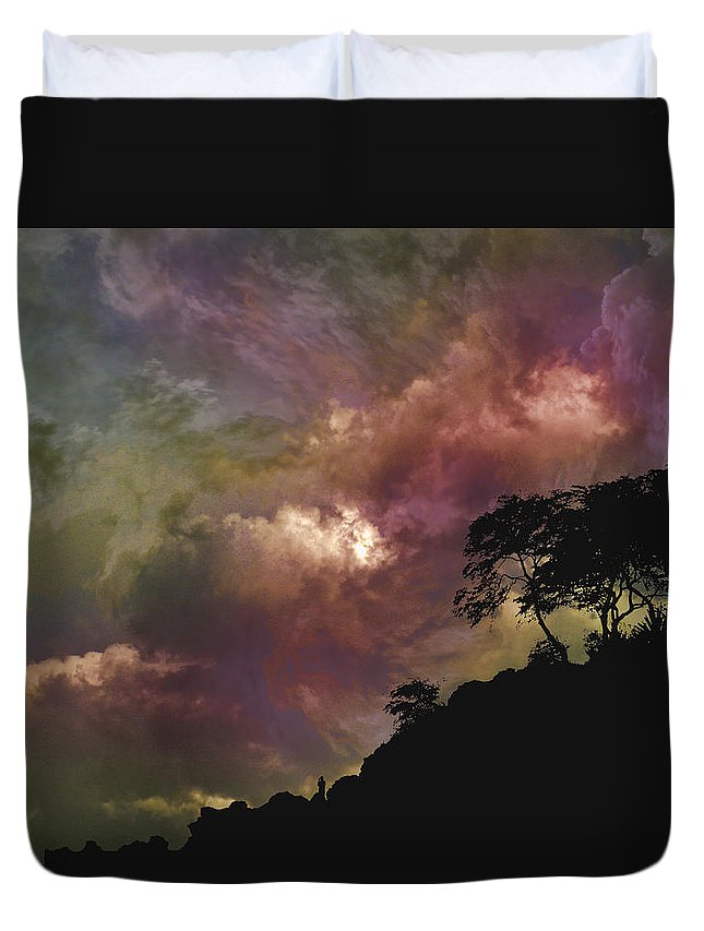 Hill Duvet Cover featuring the photograph 4090 by Peter Holme III