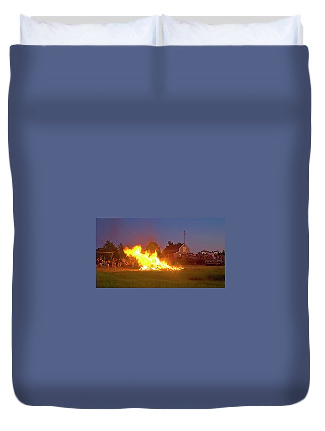 Barnstable Yacht Club Duvet Cover featuring the photograph 4th Of July 2010 Byc by Charles Harden