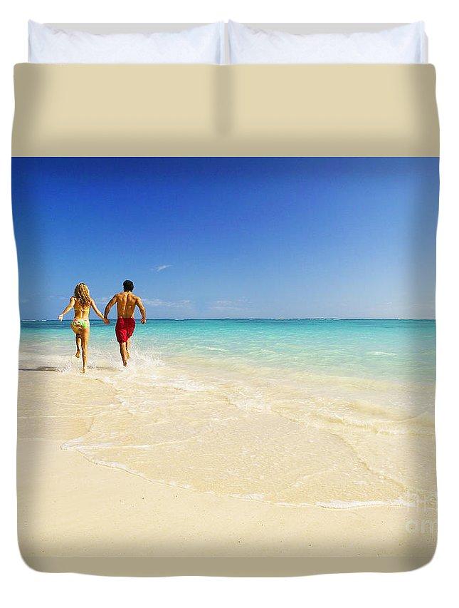 Active Duvet Cover featuring the photograph Lanikai Beach by Dana Edmunds - Printscapes