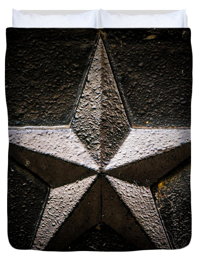 Star Duvet Cover featuring the photograph 5-pointed Star by Greg Collins