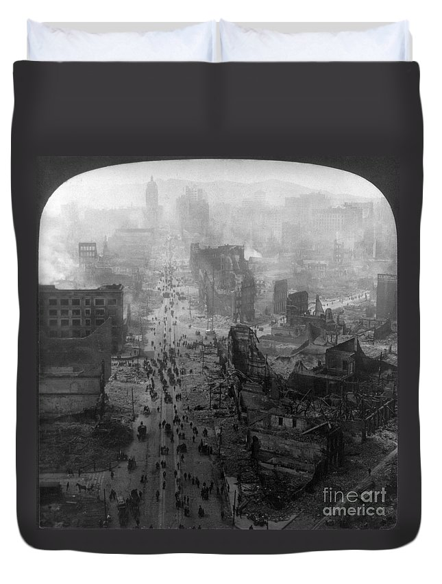 1906 Duvet Cover featuring the photograph San Francisco Earthquake by Granger