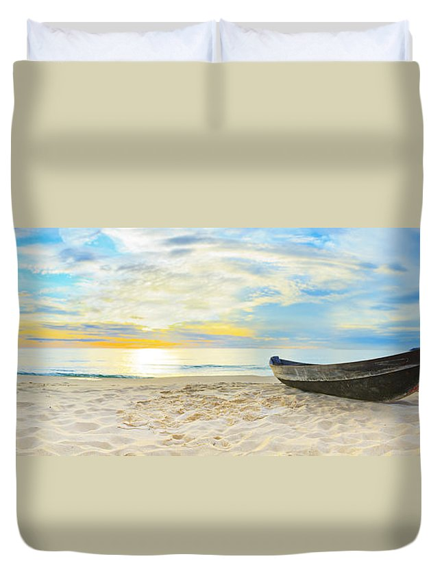 Panorama Duvet Cover featuring the photograph Beach Panorama by MotHaiBaPhoto Prints