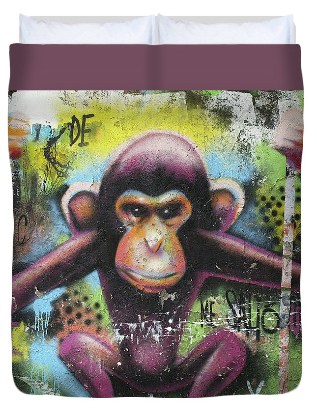 City Duvet Cover featuring the photograph 63 by Roger Muntes