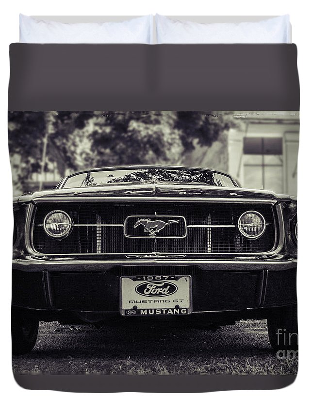Hot Rod Duvet Cover featuring the photograph 67 In The Shade by Edmund Mazzola