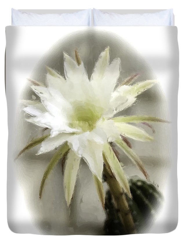 Flower. White Flower. Duvet Cover featuring the photograph 68 by Garth Pillsbury