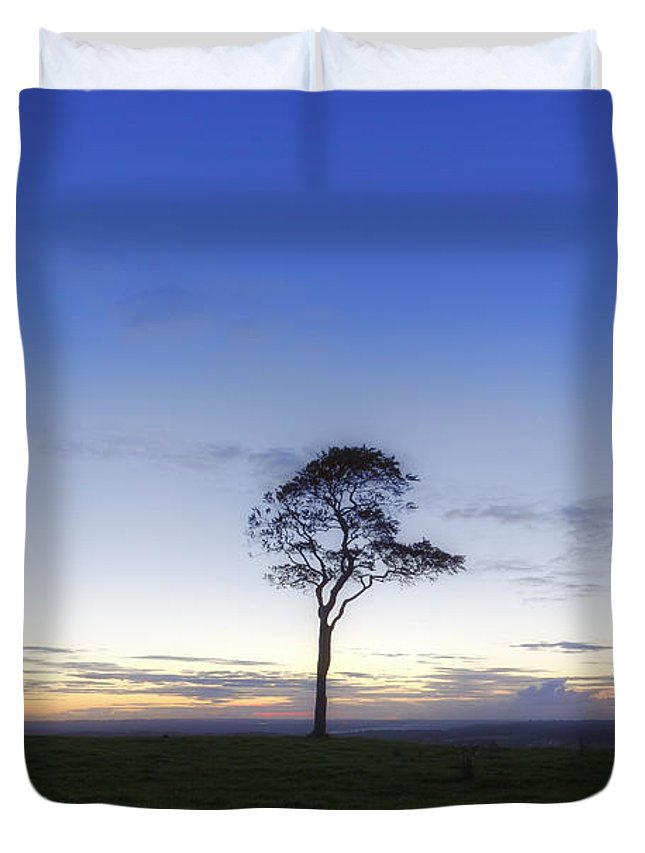 Roundway Hill Duvet Cover featuring the photograph Roundway Hill - England by Joana Kruse
