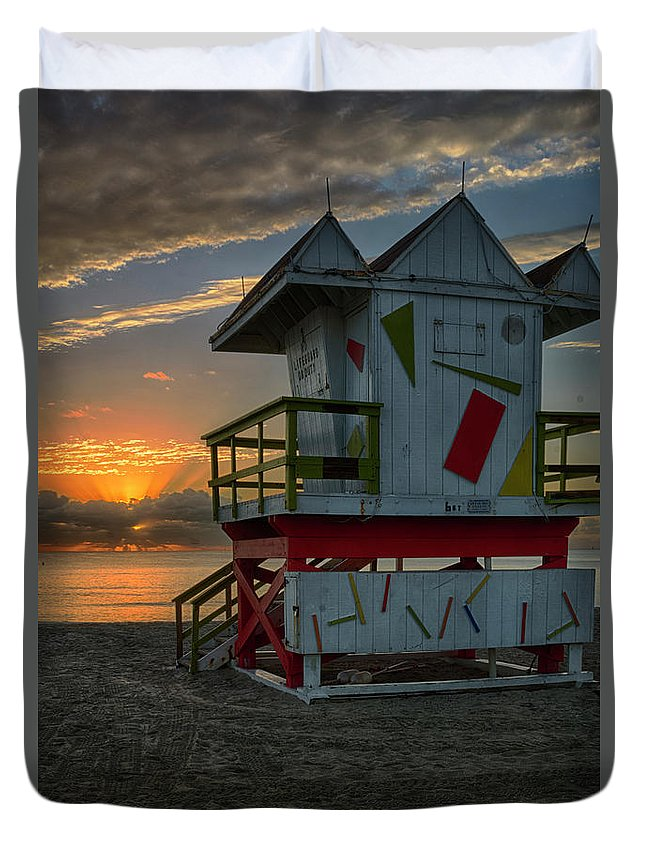 Atlantic Duvet Cover featuring the photograph 8097- Miami Beach Sunrise by David Lange