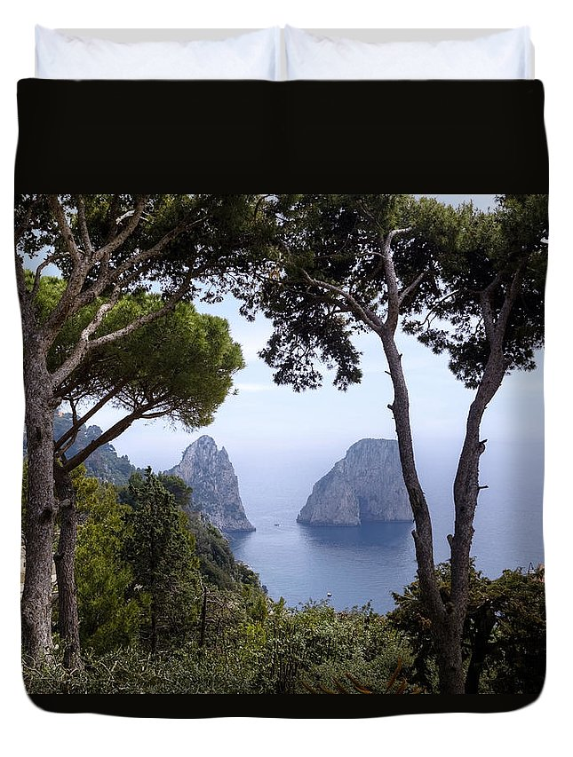 Faraglioni Duvet Cover featuring the photograph Faraglioni - Capri by Joana Kruse