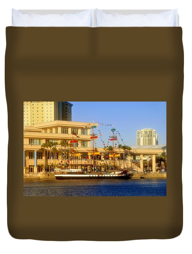 Jose Gasparilla Duvet Cover featuring the photograph A Beautiful Day In Tampa Bay by David Lee Thompson