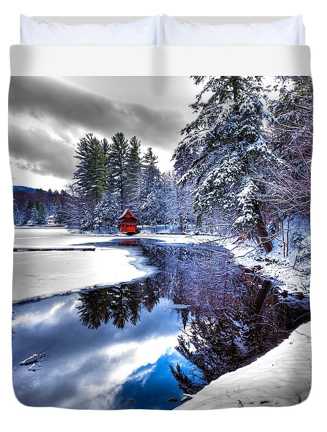 A Calm Winter Scene Duvet Cover featuring the photograph A Calm Winter Scene by David Patterson