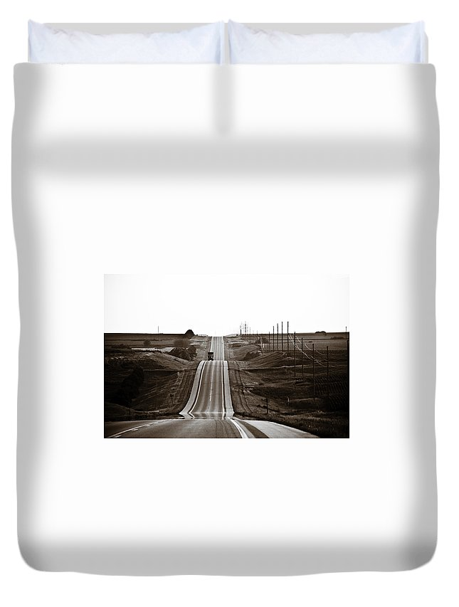 Nebraska Duvet Cover featuring the photograph A Country Mile 1 by Marilyn Hunt