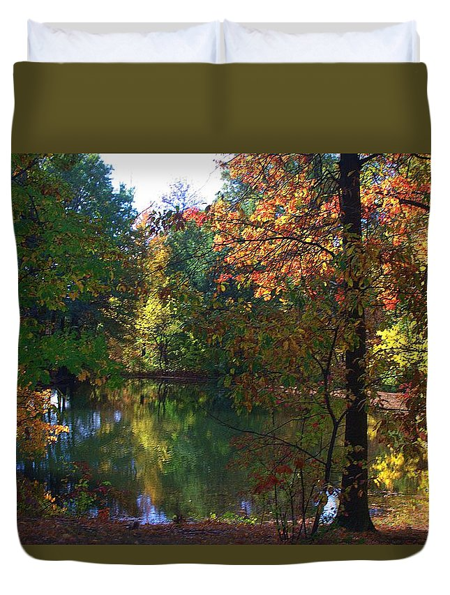 Landscape Duvet Cover featuring the photograph A Day At The Lake by Thomas Mack
