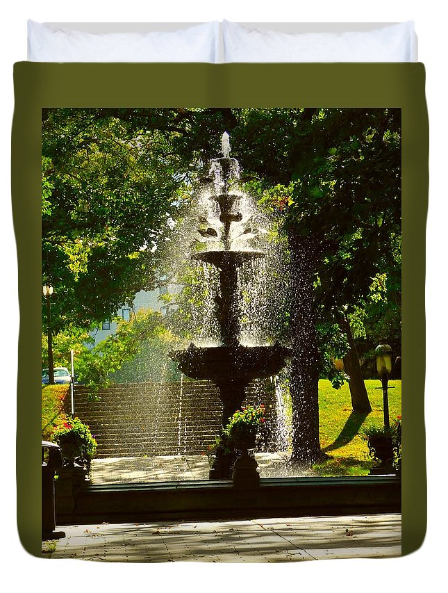 Fountain Duvet Cover featuring the photograph A Fountain In A St. Paul Park by Curtis Tilleraas