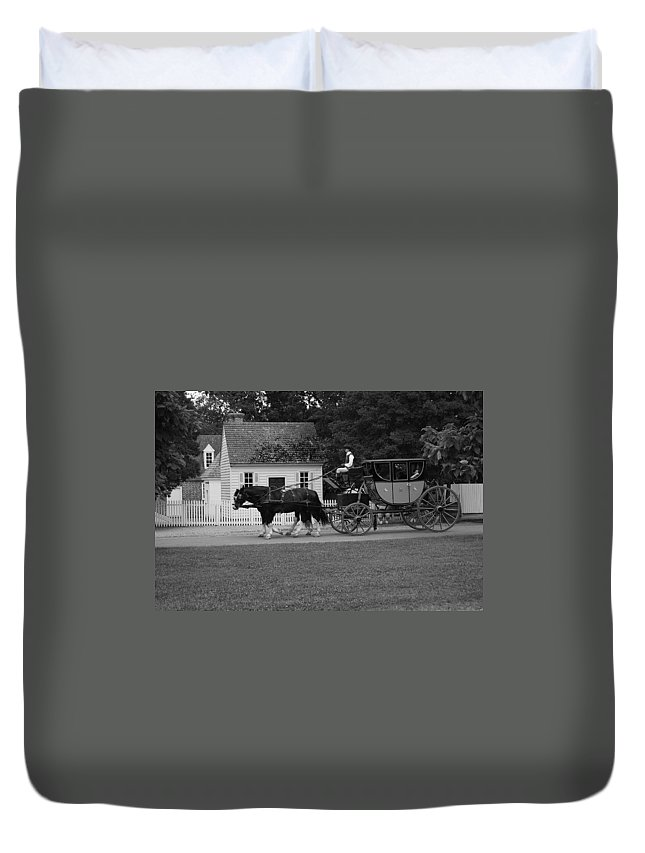 Horses Duvet Cover featuring the photograph A Look Back by Eric Liller