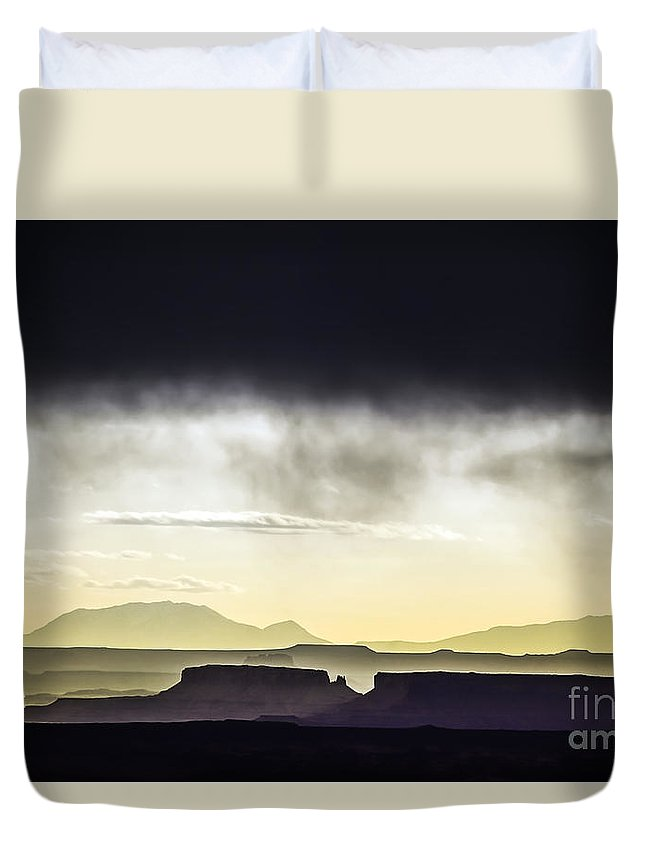 Mesa Duvet Cover featuring the photograph A Mess Of Mesas by Daryl L Hunter