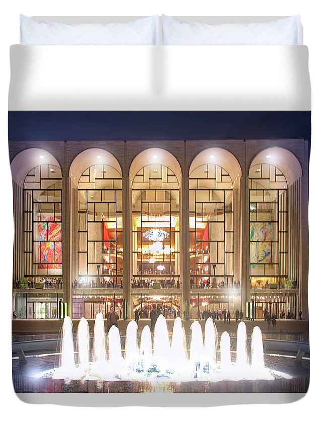 Lincoln Center Duvet Cover featuring the photograph A Night At Lincoln Center by Mark Andrew Thomas