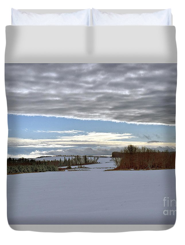 Landscape Duvet Cover featuring the photograph A Patch Of Blue by William Tasker