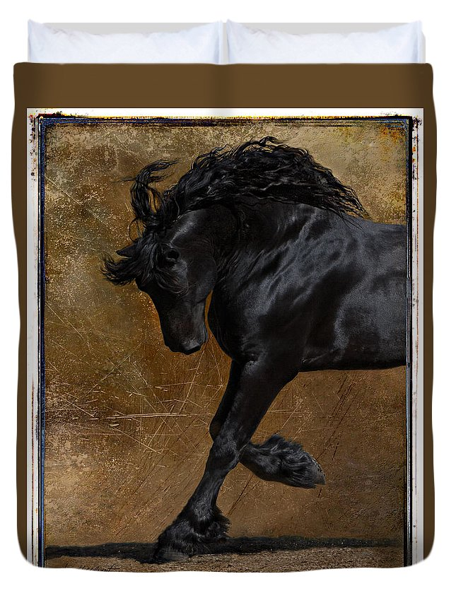 Horse Duvet Cover featuring the photograph A Regal Bow by Jean Hildebrant