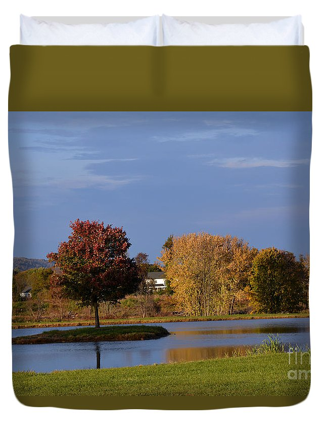 Apples Duvet Cover featuring the tapestry - textile A Ring Of Water by Edna Weber