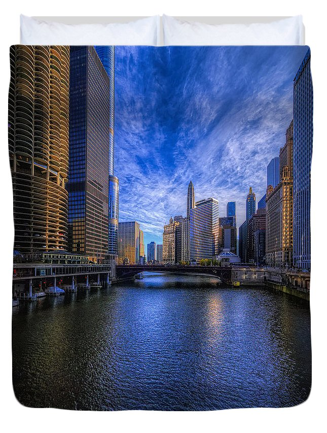 Chicago Duvet Cover featuring the photograph A River Runs Through It by Thomas C Brown