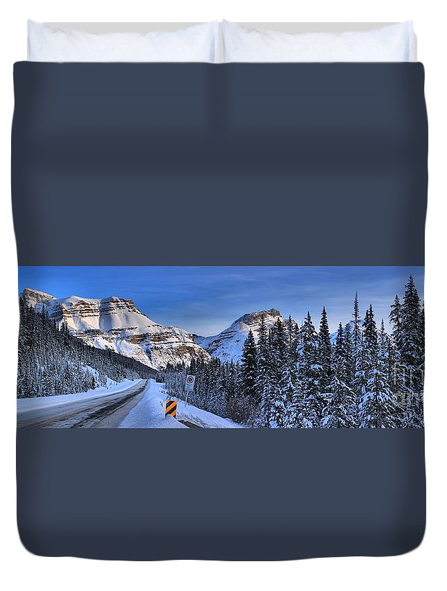 Duvet Cover featuring the photograph A Spectacular Drive by Adam Jewell