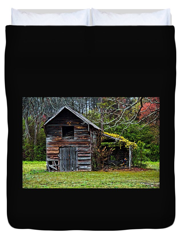 Barn Duvet Cover featuring the photograph A Yellow Cover by Christopher Holmes