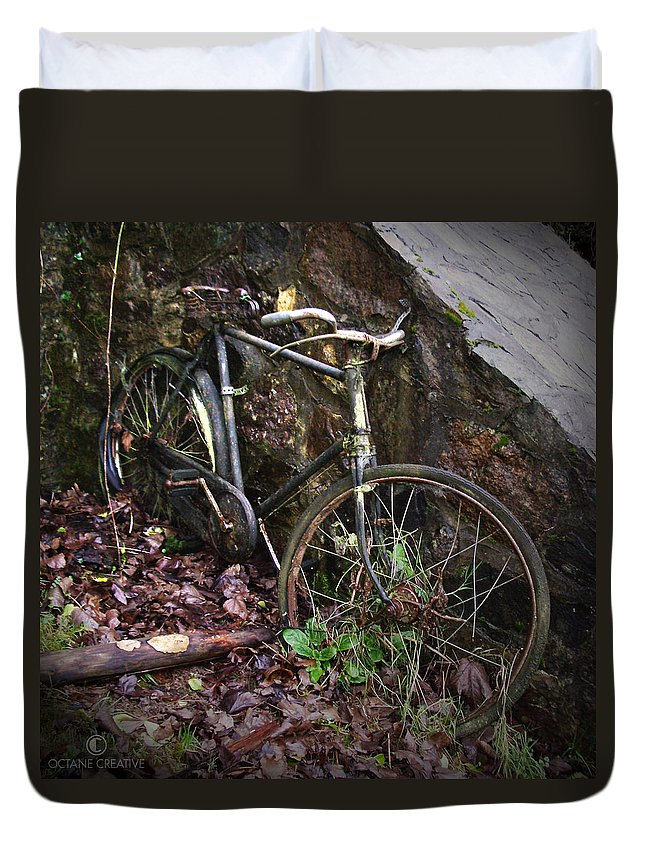Irish Duvet Cover featuring the photograph Abandoned Bicycle by Tim Nyberg