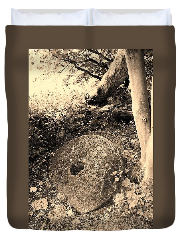 Mill Duvet Cover featuring the photograph Abandoned Mill-stone by Bob Kemp