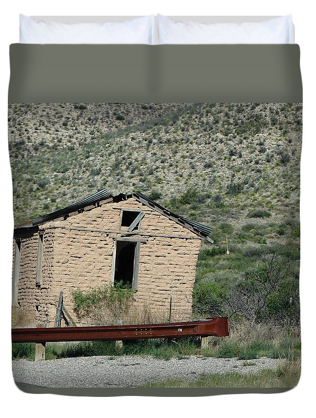 Stucco Building Duvet Cover featuring the photograph Abandoned Stucco Building Alongside Roadside  by Colleen Cornelius