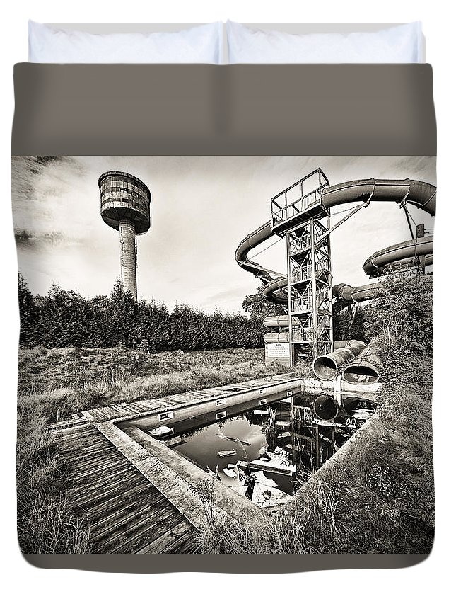 Belgium Duvet Cover featuring the photograph Abandoned Swimming Pool - Lost Places by Dirk Ercken