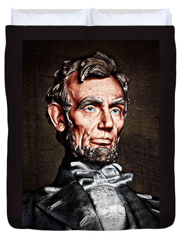 Abraham Lincoln Duvet Cover featuring the photograph Abraham Lincoln by Christopher Holmes