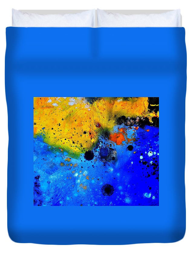 Abstract Duvet Cover featuring the painting Abstract 767b by Pol Ledent