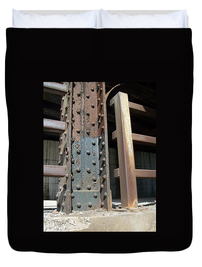 Urban Duvet Cover featuring the photograph Abstract Rust 1 by Anita Burgermeister