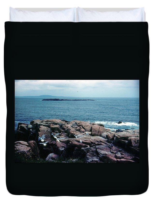 Acadia National Park Duvet Cover featuring the photograph Acadia Park Maine Coast by Ron Swonger