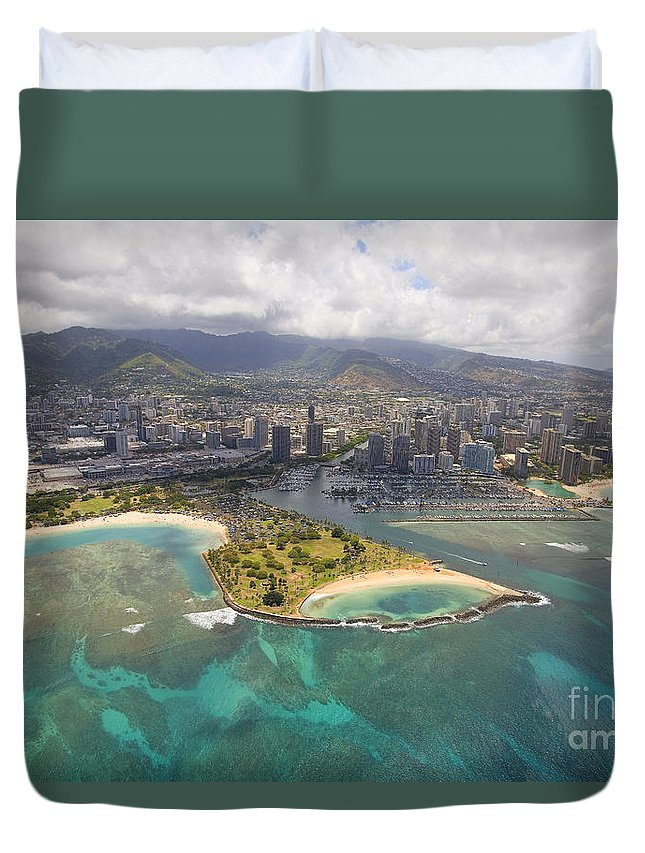 Above Duvet Cover featuring the photograph Aerial Of Magic Island by Ron Dahlquist - Printscapes