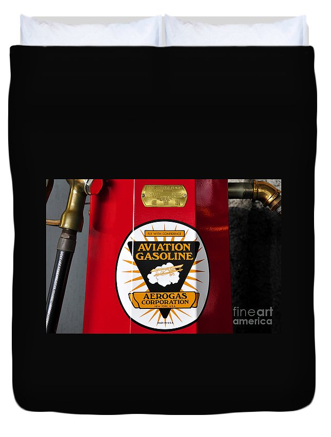 Fine Art Photography Duvet Cover featuring the photograph Aerogas Red Pump by David Lee Thompson
