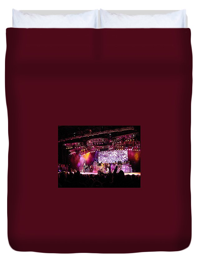 Aerosmith Duvet Cover featuring the photograph Aerosmith-00080 by Gary Gingrich Galleries