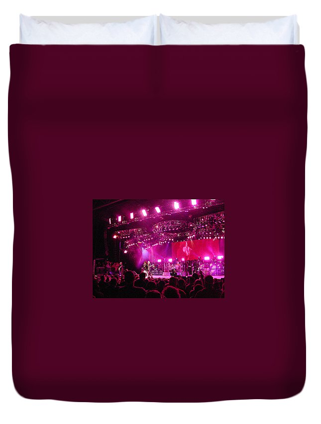 Aerosmith Duvet Cover featuring the photograph Aerosmith-00194 by Gary Gingrich Galleries