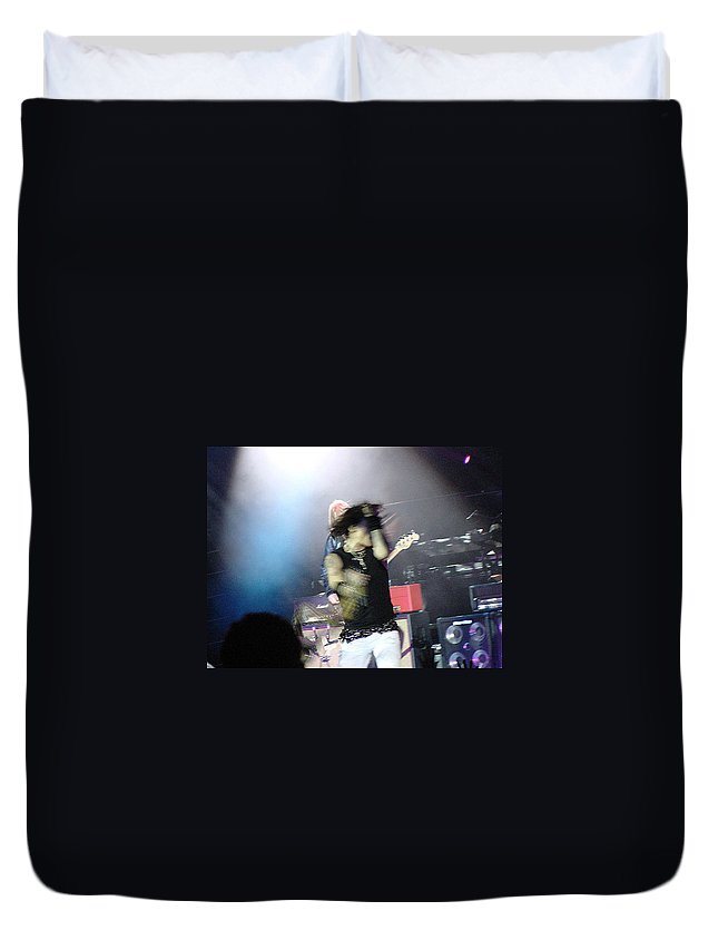 Aerosmith Duvet Cover featuring the photograph Aerosmith-steven Tyler-00188 by Gary Gingrich Galleries