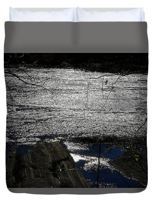 Potomac River Duvet Cover featuring the photograph Afternoon Shimmer by Steve Doris