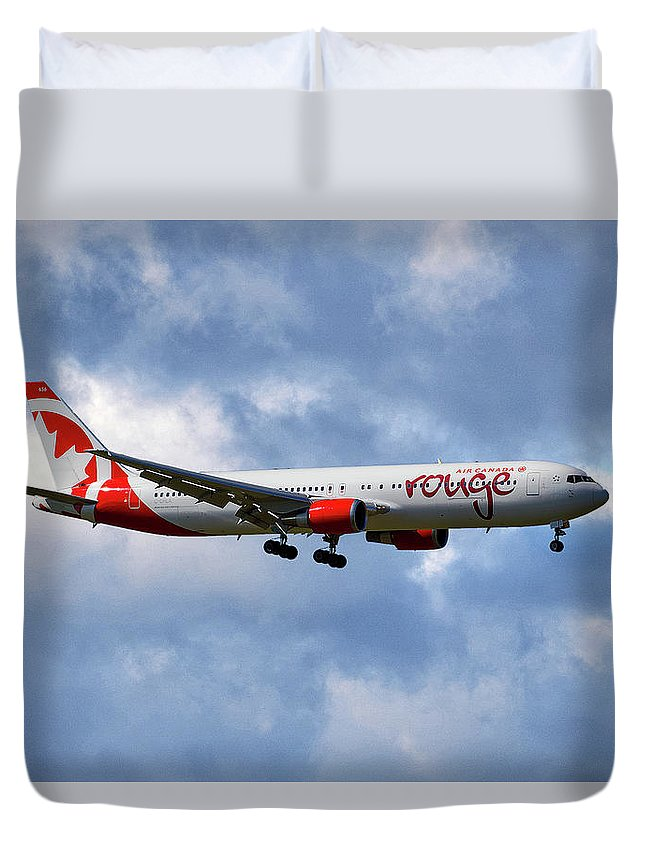 Air Canada Duvet Cover featuring the photograph Air Canada Rouge Boeing 767-35h 118 by Smart Aviation