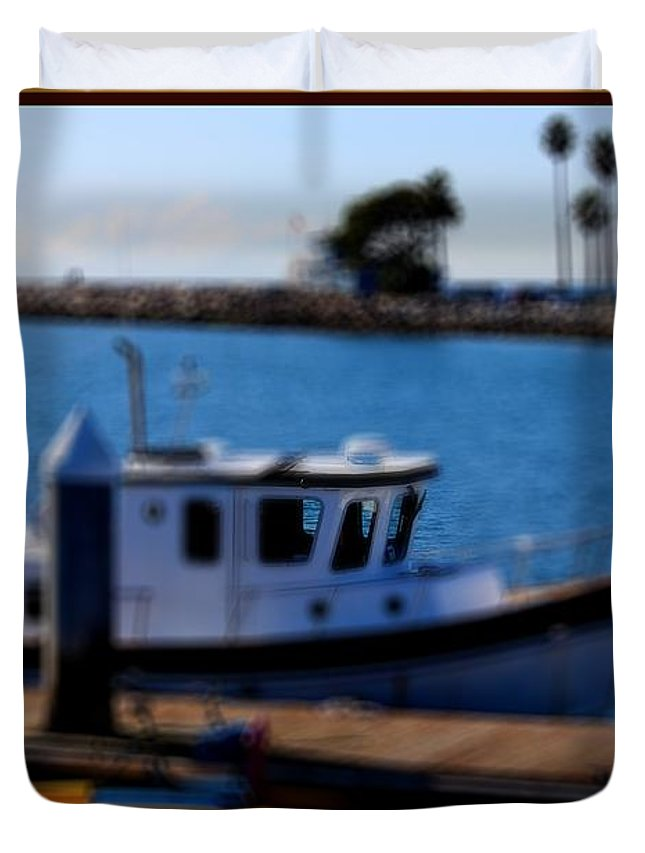 Mast Duvet Cover featuring the photograph Alamitos Bay Long Beach by RJ Aguilar