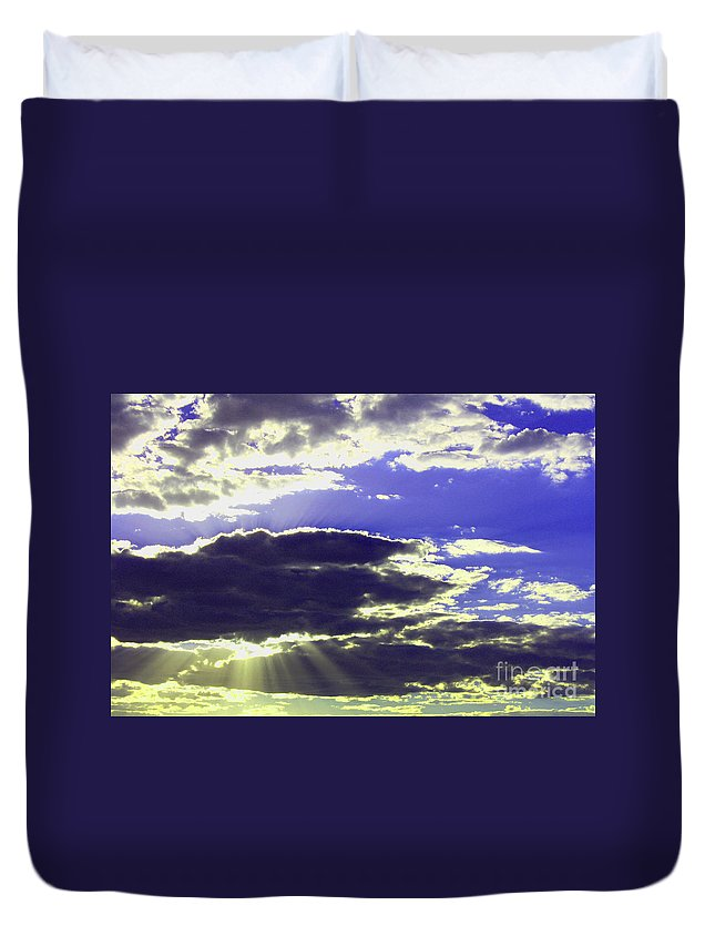 Albuquerque Duvet Cover featuring the photograph Albuquerque Sky by Tommy Anderson