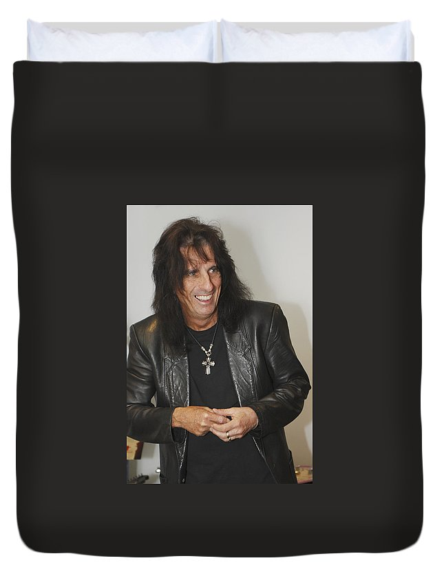 Alice Cooper Duvet Cover featuring the photograph Alice Cooper Happy by Jill Reger