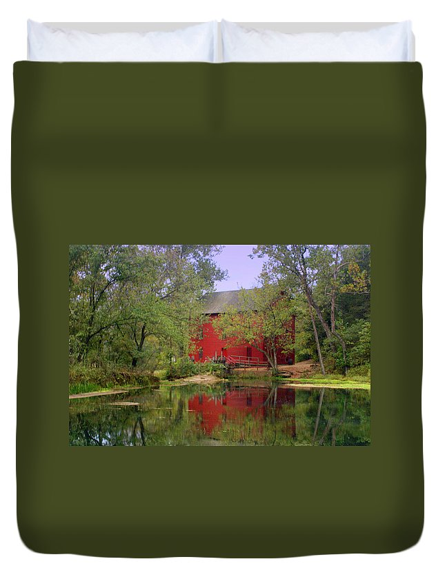 Alley Spring Duvet Cover featuring the photograph Allsy Sprng Mill 2 by Marty Koch