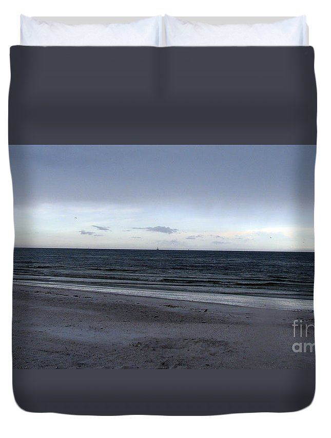 St Petersburg Florida Duvet Cover featuring the photograph Almost Sunset by Amanda Barcon