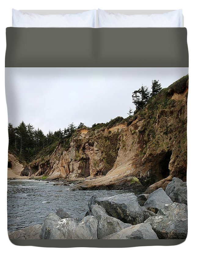 Oregon Coast Duvet Cover featuring the photograph Along The Oregon Coast by Christy Pooschke