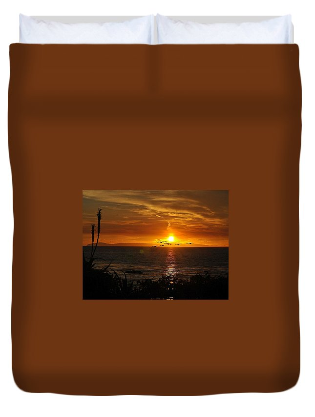 Sunset Duvet Cover featuring the photograph Amazing Sunset by Lyncia Taylor